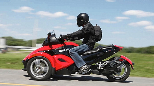 moto moto 3 roues can am. Black Bedroom Furniture Sets. Home Design Ideas